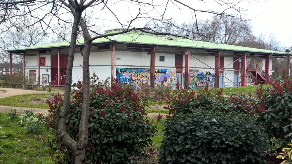 Chestnuts Community Centre based in Chestnuts Park